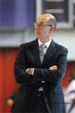 coach Attilio Caja