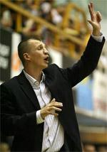 coach Tomas Pacesas