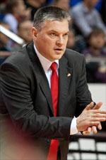 coach Evgeny Pashutin
