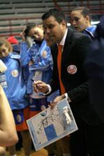 coach Antonio d'Albero