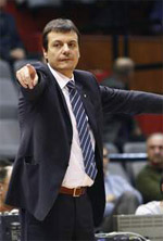 Ergin Ataman basketball