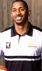 J.D. Barnes basketball