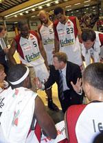 Simon Cote basketball