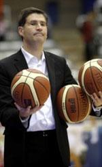 Roberto Gonzalez basketball