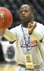 Earl Grant basketball