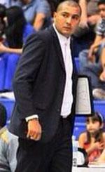 Ronald Guillen basketball