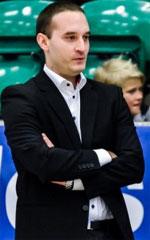 Bogdan Karaicic basketball