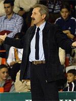 Evaristo Perez basketball