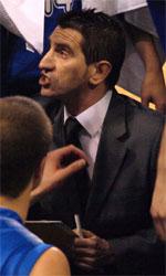 Eduard Torres basketball